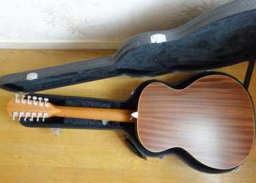Photo: Sells Tenor violin GUITARE TAYLOR 12 CORDES (USA),OCCASION - GUITARE TAYLOR