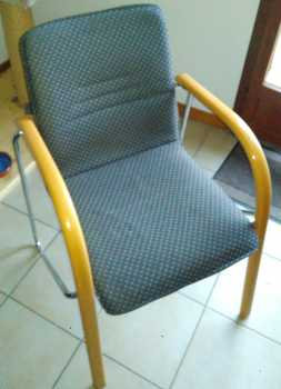 Photo: Sells 4 Chairs