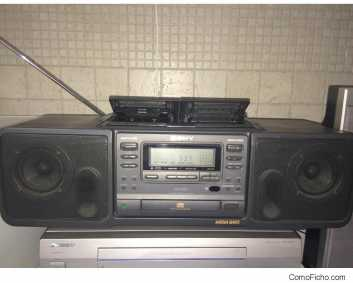 Photo: Sells HIFI stereo / radio SONY