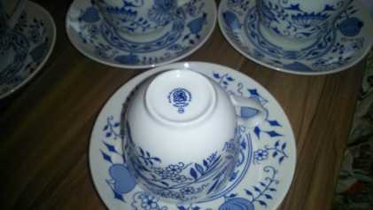 Photo: Gives for free 2 Porcelains