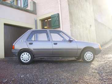Photo: Sells Grand touring PEUGEOT - 205