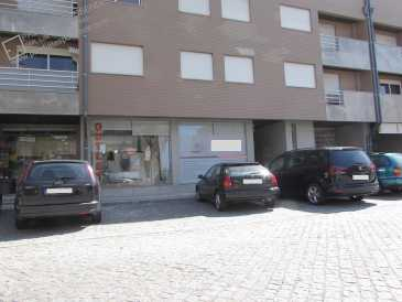 Photo: Sells Shop 90 m2 (969 ft2)