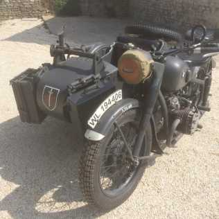 Photo: Sells Motor bike BMW - SIDE CAR