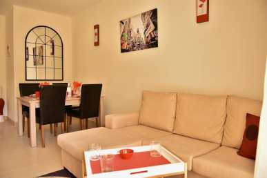 Photo: Rents 2 bedrooms apartment 75 m2 (807 ft2)