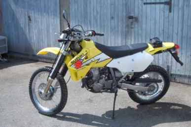 Photo: Sells Motor bike SUZUKI - SUZUKI 400 DRZ ENDURO