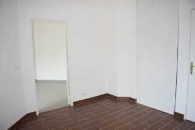 Photo: Rents 1 bedroom apartment 42 m2 (452 ft2)