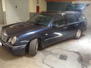 Photo: Sells Collection car MERCEDES - Classe E