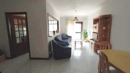 Photo: Rents 4 bedrooms apartment 85 m2 (915 ft2)