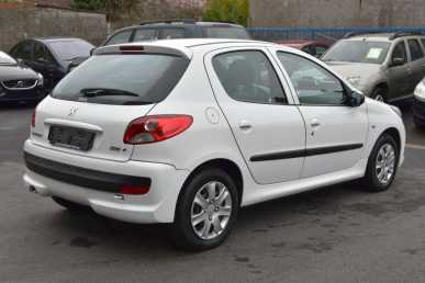 Photo: Sells 5 Grands tourings PEUGEOT - 206