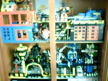 Photo: Sells Lego / playmobil / meccano LEGO