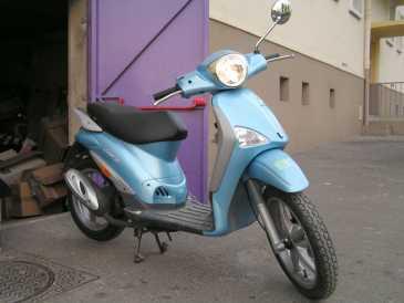 see an ad sells scooter 50 cc piaggio piaggio liberty. Black Bedroom Furniture Sets. Home Design Ideas
