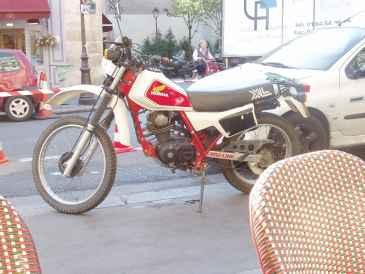 Photo: Sells Motor bike HONDA XL - XL