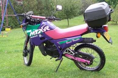 see an ad sells motorbike 125 cc honda mtx r. Black Bedroom Furniture Sets. Home Design Ideas