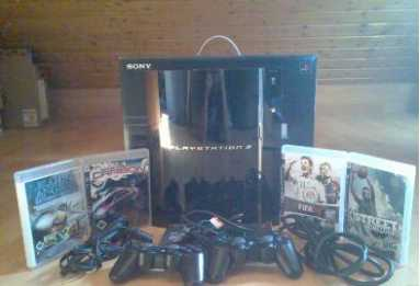 Photo: Sells Gaming console SONY